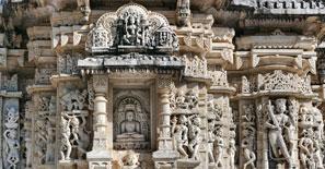 Ancient-Sun-Temple-in-Ranakpur