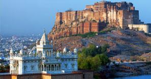 Mehrangarh-Fort-Jaswant-Thada-mausoleum-Jodhpur