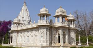 enotaphs-at-Shivpuri-Madhya-Pradesh